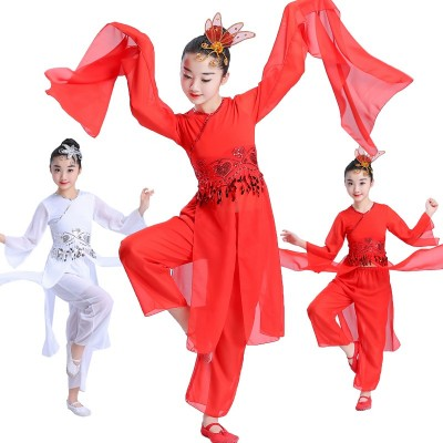 Children's water sleeves, classical dance performances, girls' dance costumes, Chinese style, folk style performance costumes, amazing dancing.
