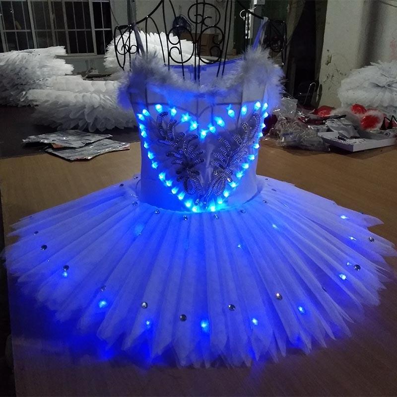 Fluorescent ballet skirt performance suit, luminous pengpeng skirt, blue dancers, opening dance, School Art Troupe performance costume.